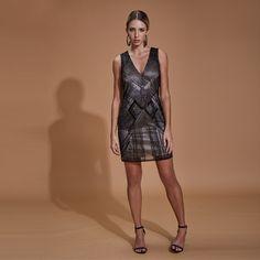 Frente Cave, Ideias Fashion, Look, Dresses, Black Bow Tie, Unique Clothing, High Sandals, Slip Dresses, Low Cut Dresses