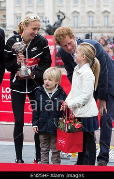 London, UK. 26 April 2015. #PaulaRadcliffe receives inaugural John Disley #LondonMarathon Lifetime Achievement Award from HRH #PrinceHarry © Nick Savage/Alamy Live News
