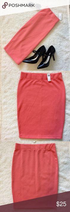 Banana Republic Skirt, Coral, Size Small. Banana Republic, Pencil Skirt. Size Small, textured skirt. Color is a peachy coral. NWT. Length: 24 inches. Banana Republic Skirts