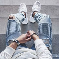 « ◼ Make sure you follow @Hoodsfashion ________________________________________________  Long sleeve: Rick owens Jeans: Stampdla Shoes: Adidas… »