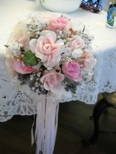 Pink & White Bridesmaid Bouquet