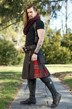 Versatta Royalist Hybrid Tartan Kilt Clothing designed for creative people with delightful taste, Featuring Ayyawear! Irish Fashion, Scottish Fashion, Mens Fashion, Fashion Outfits, Scottish Man, Modern Kilts, Celtic Clothing, Utility Kilt, Harris Tweed