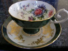 BEAUTIFULLY DECORATED CROWN STAFFORDSHIRE CUP & SAUCER