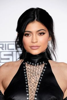 Kylie Jenner at the 2015 American Music Awards. #AMAs #kyliejenner