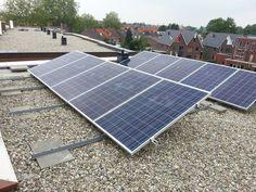 Enschede. 10x Yingli 250Wp (2500Wp) met micro omvormers