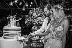 Casamento rústico-chique: corte do bolo