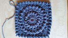Haakpatroon Circle of friends Archieven - Laura Haakt Manta Crochet, Freeform Crochet, Crochet Granny, Crochet Motif, Knit Crochet, Crochet Hats, Alpaca Poncho, Crochet Baby Toys, Crochet Blanket Patterns