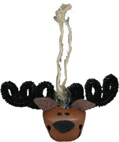 Jingle Bell Reindeer or Moose.This jingle bell moose makes a great tree ornament or decoration for a gift package. It's cheerful smile is bound to brighten anyone's day. Reindeer Ornaments, Christmas Ornaments To Make, Christmas Crafts For Kids, Christmas Projects, Holiday Crafts, Christmas Decorations, Christmas Ideas, Holiday Ideas, Christmas Necklace