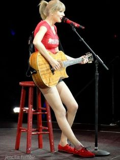8/23/13. Taylor's wildcard song was Enchanted <3
