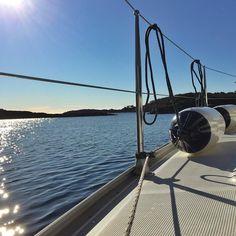 Beautiful morning at #stokken #kristiansand #kristiansandavis #fvn #sea_major #vår #seilbåt #sailing #sailboat by njupleis