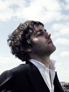 Image uploaded by Caitlin Toomey. Find images and videos about boy, now and jim sturgess on We Heart It - the app to get lost in what you love. Gorgeous Men, Beautiful People, Jim Sturgess, Beatles Songs, Star Wars, Male Face, Good Looking Men, Man Crush, Attractive Men