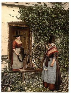 General Old Photos of Wales in the United Kingdom of Great Britain Traditional Welsh Dress, Learn Welsh, Sir Anthony Hopkins, Visit Wales, Wales Uk, Cymru, British Isles, Fantasy, Victorian Era