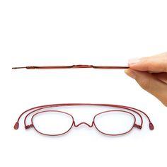薄さ2mmの老眼鏡「ペーパーグラス」