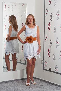 Letní krajkované bílé šaty. Vel.  36 Cena  450 aff6ad098f