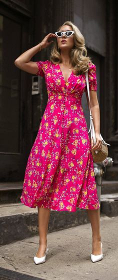 Summer florals to last until Fall // Pink silk floral midi dress with plunging neckline + faux button-front detail, white sling-back pumps with pointed toe, basket-weave textured bag + faux-leather flap and strap, gold statement earrings, white retro cat- Modest Dresses, Trendy Dresses, Casual Dresses, Midi Dresses, Casual Midi Dress, Club Dresses, Dress Outfits, Fall Outfits, Dress Shoes