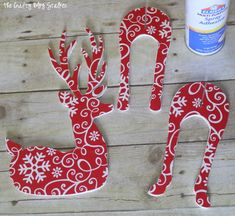 Learn how to make a 3D Reindeer Holiday Decoration that will add to your holiday decor. An easy DIY tutorial idea that is a perfect Christmas Craft.