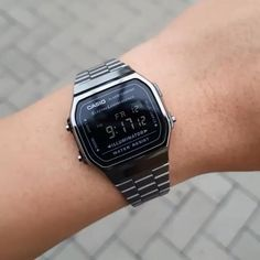 Retro Watches, Casual Watches, Vintage Watches, Cool Watches, Casio Vintage Watch, Casio Watch, Watches For Men Unique, Luxury Watches For Men, G Shock Watches Mens