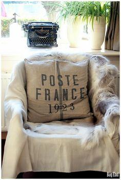 Linen cushion covers