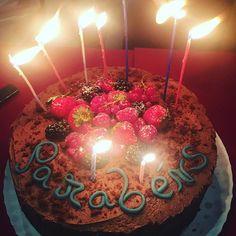Parabéns Pig! Hoje é dia de festa, dia de reencontros, dia de convívio, dia de sorrisos e de parvoices, dia de dizer disparates! Ser saudável é isto! Que venham mais anos a transbordar de alegria 🐷 Parabéns Pig 🎂🎉🎈😍 #healthypigs #healthylifestyle #healthypigdreiabirthday #birthdaycake #tease #friendswillbefriends