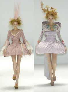 """Hana Soukupova and Gemma Ward star as the queens for Alexander McQueen's """"It's Only A Game"""" Spring 2005 collection"""