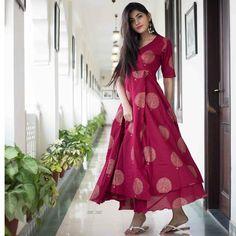 Price: Rs 2000 Fabric: Rayon Available color: Pink, Red Contact: 9862368006 ( Viber, IMO, WhatsApp) Store: Samakhushi, Ranibari Stylish Girls Photos, Stylish Girl Pic, Indian Designer Outfits, Designer Dresses, Pakistani Frocks, Ethnic Dress, Ethnic Suit, Girl Fashion, Fashion Dresses