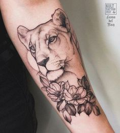 Reposted from - Lioness Dons at. - Reposted from - Lioness Dons at. Leo Tattoos, Circle Tattoos, Mini Tattoos, Animal Tattoos, Cute Tattoos, Body Art Tattoos, Sleeve Tattoos, Tatoos, Piercing Tattoo