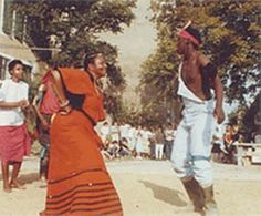 Lilian Cingo & Thembekile Kanise performing traditional Khosa dances at the inauguration of the Chateau