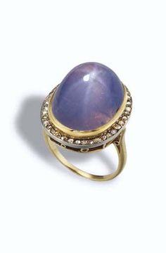 Princess Margaret's Star Sapphire and Diamond Ring. Diamond Gemstone, Rose Cut Diamond, Gemstone Rings, Princess Margaret, Margaret Rose, Antique Jewelry, Vintage Jewelry, Star Sapphire Ring, Royal Jewelry