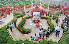 Visit Disneyland Shanghai
