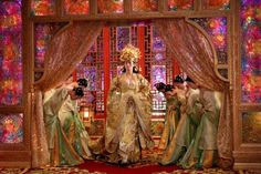 I wonder how accurate the costumes and sets were in Curse of the Golden Flower? The movie took place B.C. If true, amazing level of civilization! Susan