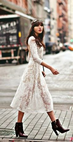 Boho street - absolutely love this dress, and this entire look. So chic!