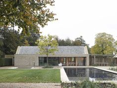 Best Ideas For Modern House Design : – Picture : – Description Oxfordshire Pool House by Michaelis Boyd Modern Barn House, Modern House Design, Residential Architecture, Architecture Design, Contemporary Barn, Rural House, Pool Houses, Future House, Building A House