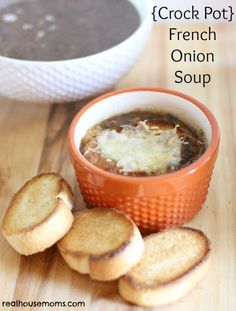 {Crock Pot} French Onion Soup is an easy and delicious meal that is perfect in fall. Caramelizing the onions really makes the soup outstanding!