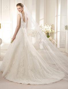 AMBERES | Wedding Dresses | Costura 2013 Collection | San Patrick (back)