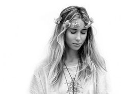Gillian Zinser aka ivy from 90210 my surfer girl crush :)