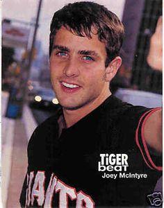 JOEY MCINTYRE pinup – Older! Awesome blue eyes!