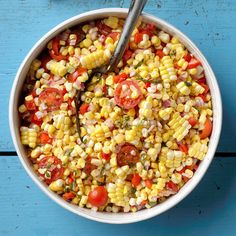 Whether you need finger foods, an entree or a side, these vegetarian potluck recipes are perfect for any church gathering. Potluck Recipes, Cooking Recipes, Easy Cooking, Cold Picnic Foods, Corn Tomato Salad, Tomato Corn Recipe, Fresh Corn Salad, Fruit Salad, Fresco