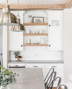 New Kitchen Countertops With White Cabinets Quartz Open Shelving Ideas Farmhouse Kitchen Cabinets, Kitchen Paint, Kitchen Countertops, New Kitchen, Kitchen Backsplash, Kitchen Ideas, Kitchen Designs, Shaker Kitchen, Kitchen Trends