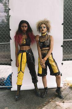 Nova Twins (Georgia South and Amy Love) Alternative Outfits, Alternative Fashion, Mode Punk, Afro Punk Fashion, Badass Style, Goth Look, We Will Rock You, Riot Grrrl, Punk Outfits