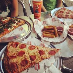 A lunch to look forward to. #BMPPLittleArmenia  www.bigmamaspizza.com/locations/littlearmenia/   Phone: (323) 661-1122  #LittleArmenia #Hollywood #Pizza #Foodie #PizzaParty #Delicious #Hungry #Nom #NomNom #Yummy #BeautifulPizza #PizzaLover #PizzaDelivery #Italian #Lunch #Dinner #PizzaGram #LA #California #YumYum #FoodComa #LosAngeles #Tasty #Delish #GoodEats #InstaFood #InstaPizza #GoodFood