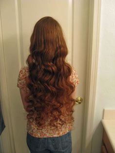Here are 15 tutorials for you to style a curly hair. If you want to keep the hair from harm, you won't miss the tutorials. The tutorials are useful for you to know how to curl your hair without heat. Also they can offer you different ways to create wavy hair by using some useful …