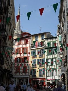 Les rues de Bayonne-the streets of Bayonne, so much character! What A Wonderful World, Wonderful Places, Beautiful Places, Aquitaine, San Sebastian Spain, Ville France, Biarritz, Basque Country, Adventure Is Out There
