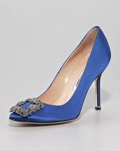 The Carrie Bradshaw SATC Shoes - Manolo Blahnik satin blue Hangisi #shoes