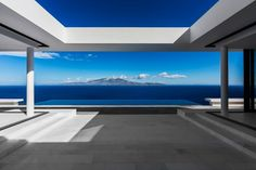 Minimalist Terrace of House T - Modern Ancient Greek Vernacular