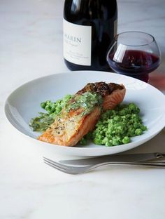 Salmon with Mashed Peas and Tarragon Butter Recipe | http://aol.it/1hZoa2W