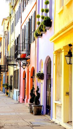 ***Rainbow Row, Charleston, SC