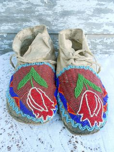 Antique Indian Native American Moccasins