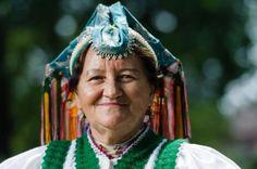 Rimóc She makes me smile. Folk Clothing, Folk Dance, Homeland, Hungary, Make Me Smile, Father, Times, Embroidery, Hair Styles