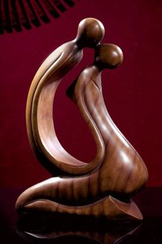 Wood Carving Bali coupleTender Kiss Sculpture