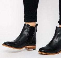 black-sleek-ankle-boots- Ankle booties latest trend for 2017 http://www.justtrendygirls.com/ankle-booties-latest-trend-for-2017/